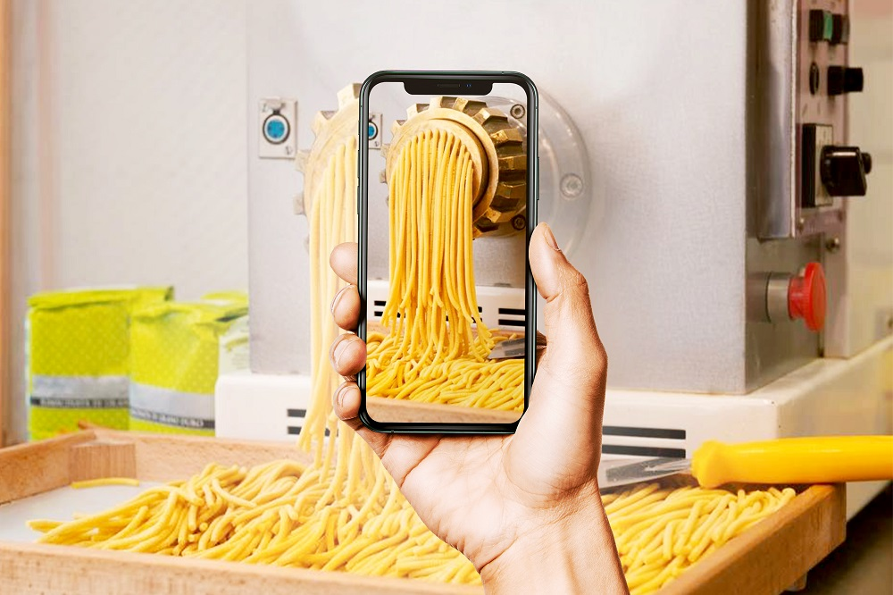 A technical assistance service on pasta machinery in real time and online