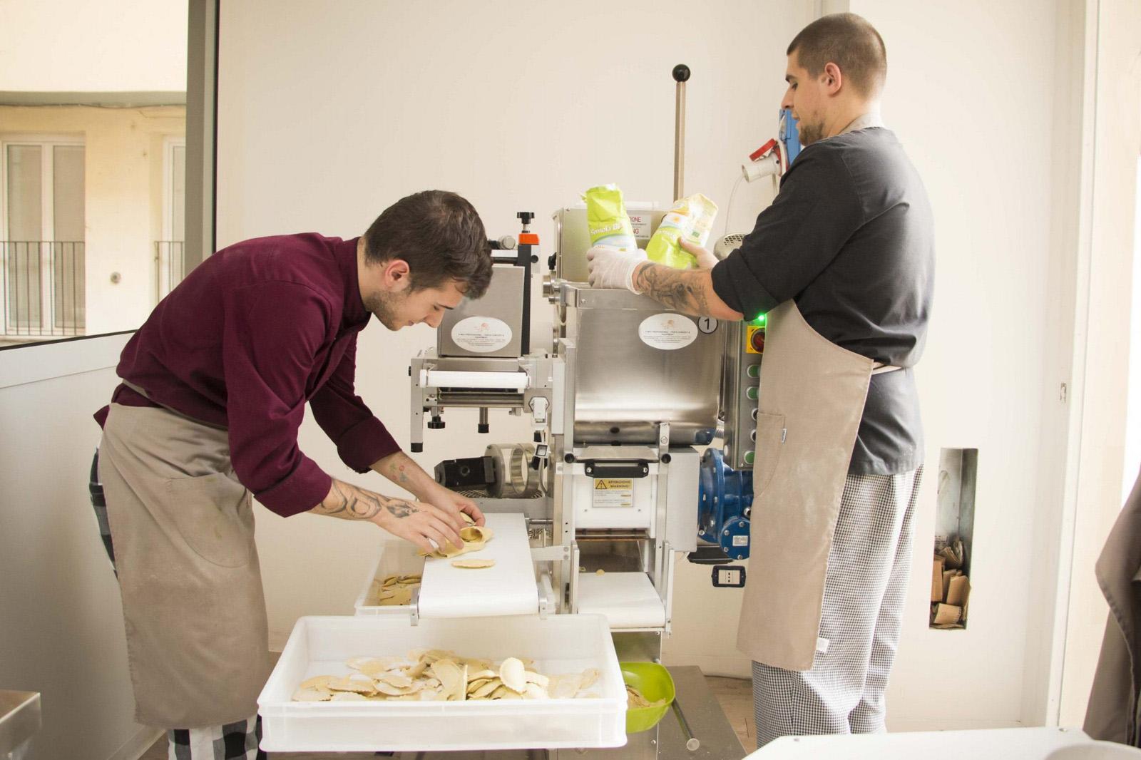 Professional fresh pasta machines